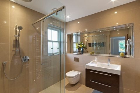 The Benefits of Installing an Extra Bathroom
